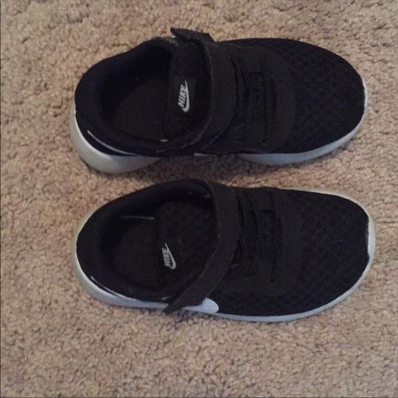 Nike Shoes | Toddler Boys Size 9 Nike